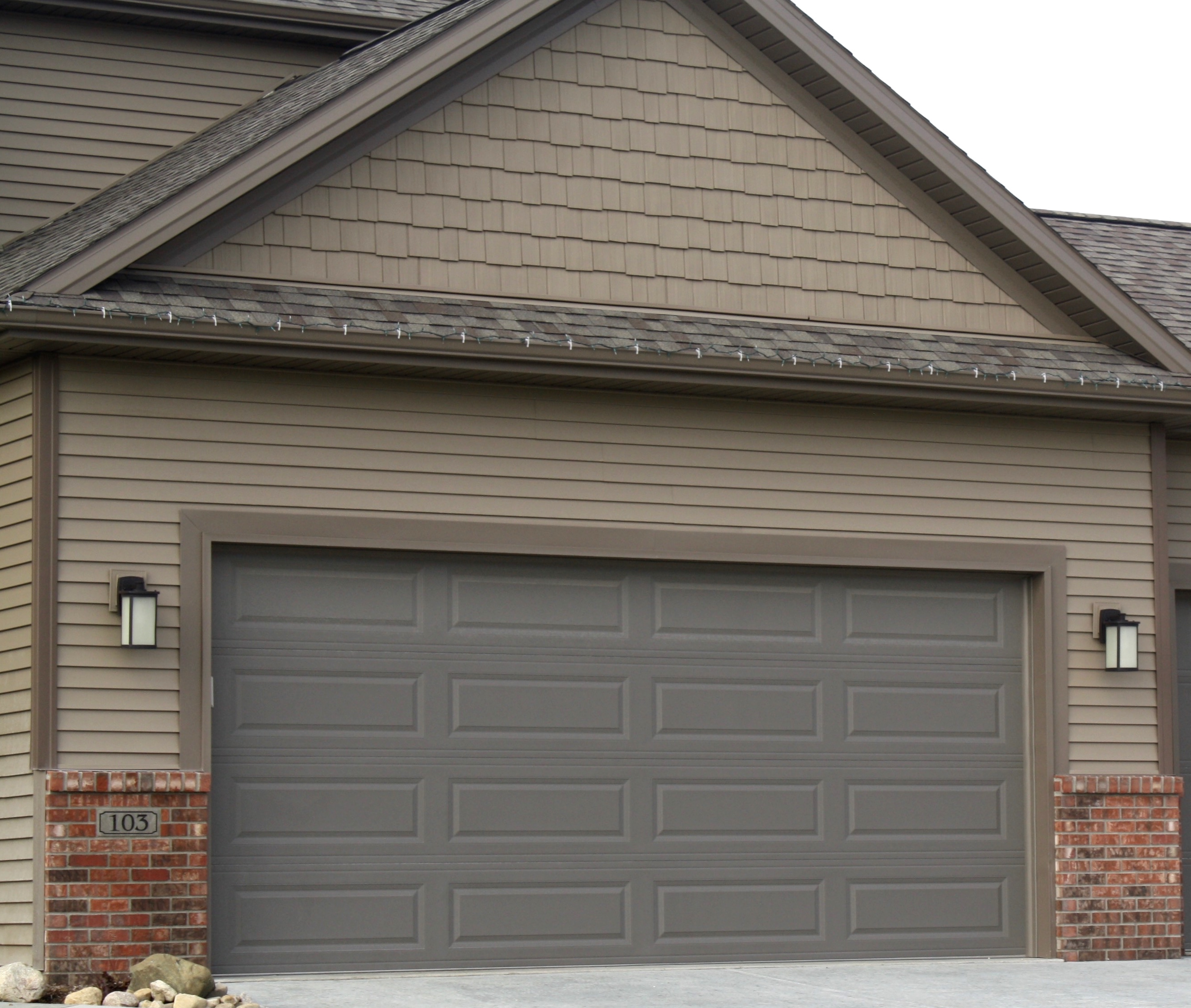 Bronze Long Panel Raised Panel Garage Door No Windows In Downs Il