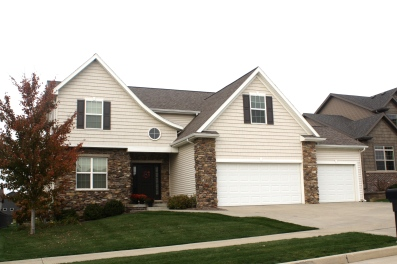 Roofing Contractors In Bloomington Il Carlson Exteriors Inc