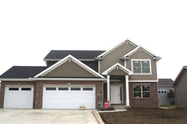 certainteed-moire-black-shingles-mastic-pebblestone-clay-siding-clay-shakes-white-trim-clay-vertical-siding-normal-il-blackstone