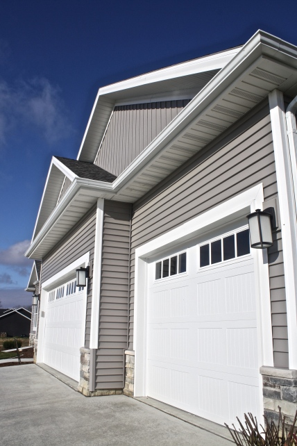 white-garage-doors-in-downs-il
