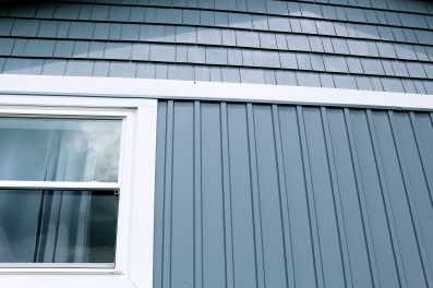Board and Batten, Vinly shakes, frieze in vinyl siding ,window casing bloomington il