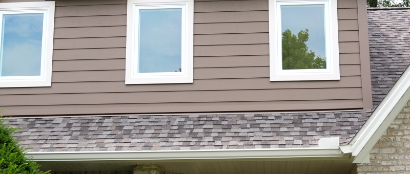 Our crew just finished the Hasting's home. All new Royal Celect Siding in a bark brown color and 7 new windows