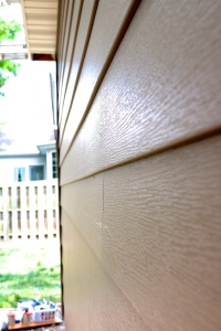 Royal Celect Siding in Chestnut brown with Willow (off white or cream) Trim Royal Celect Siding has nearly invisible seams