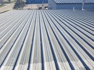Metal Roof leak repair in Bloomington IL