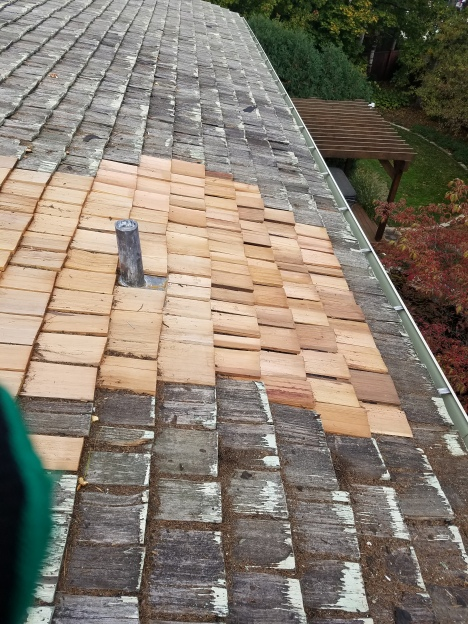 Wood shake roof repair in Bloomington il
