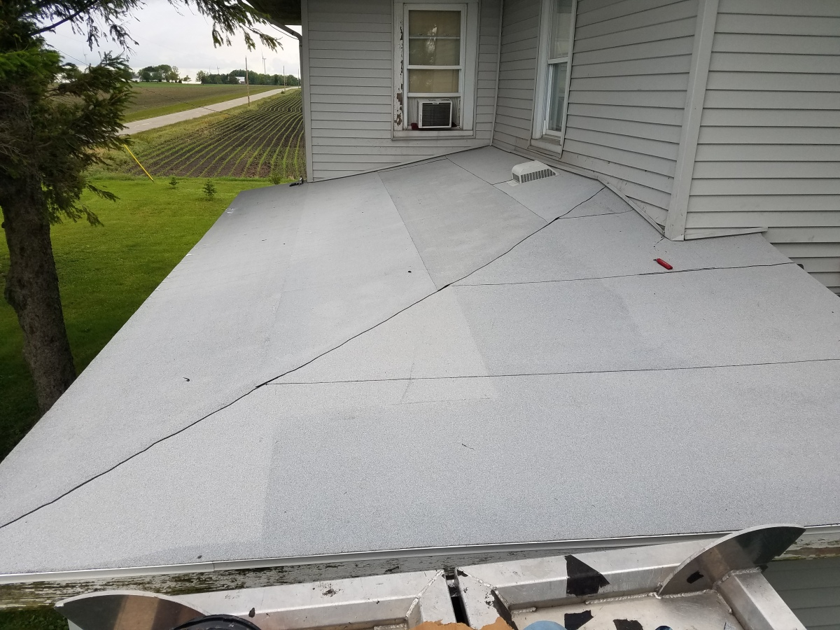 Flat Roofs And Low Slope Roofs Carlson Exteriors Inc