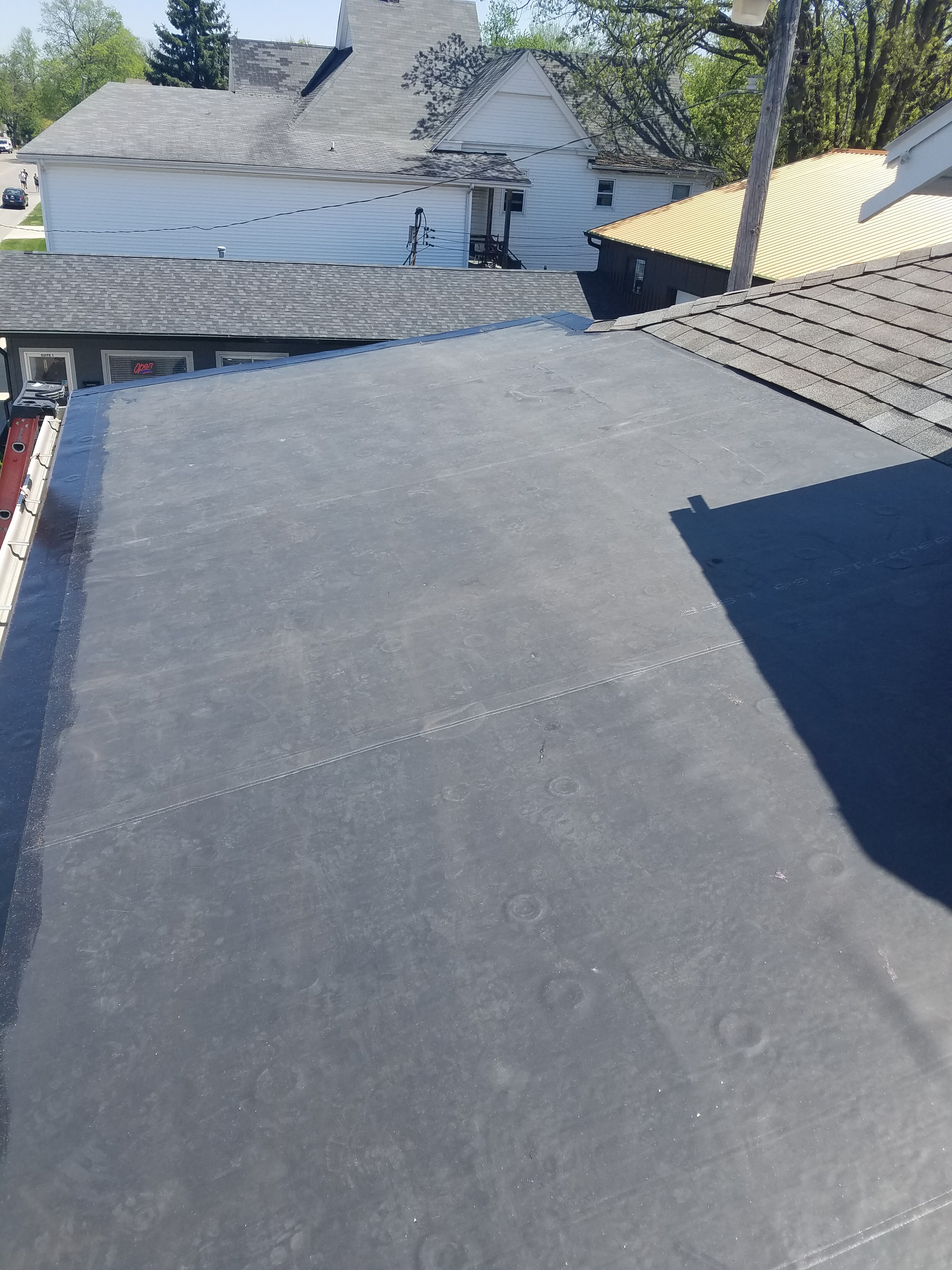 Rubber Roof Install In Bloomington Il Carlson Exteriors Inc